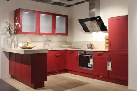 Rote Winkelküche